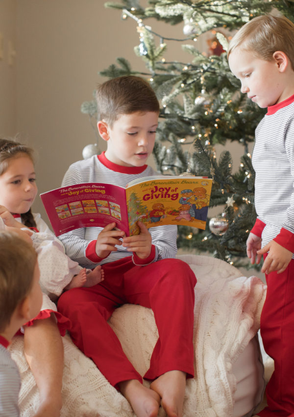 The Joy of Giving with The Berenstain Bears